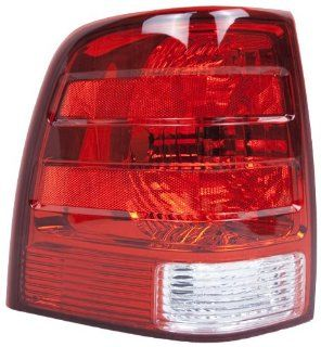 OE Replacement Ford Expedition Driver Side Taillight Assembly (Partslink Number FO2800166) Automotive