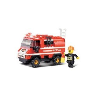 Emergency Fire Alarm   Mini Fire Truck 133 Pieces   M38 B0276   Sluban Toys & Games