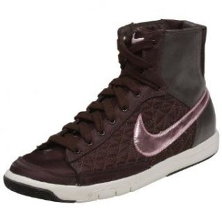 Nike Blazer Mid Clothing