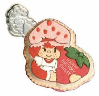Vintage 1981 Wilton Strawberry Shortcake Birthday Cake Pan #502 3835 Novelty Cake Pans Kitchen & Dining