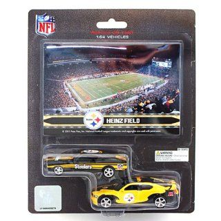 NFL Pittsburgh Steelers Ford Mustang and Dodge Charger 164 Scale Diecast Cars  Sports Fan Toy Vehicles  Sports & Outdoors