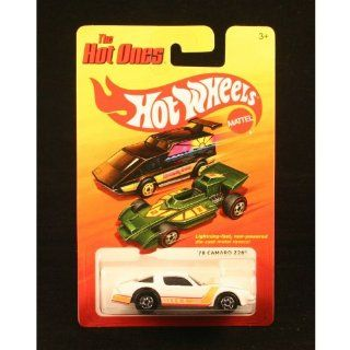 '78 CAMARO Z28 (WHITE) * The Hot Ones * 2011 Release of the 80's Classic Vintage HOT WHEELS Toys & Games
