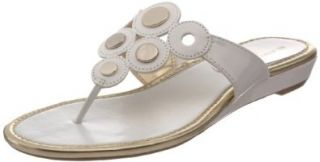 AK Anne Klein Women's Achazie Thong Sandal Shoes