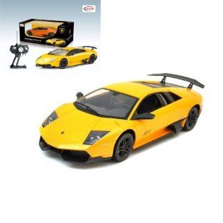 118 Scale Lamborghini Murcielago LP 670 (Yellow) High Quality working headlights, underlights, Full Function Toys & Games