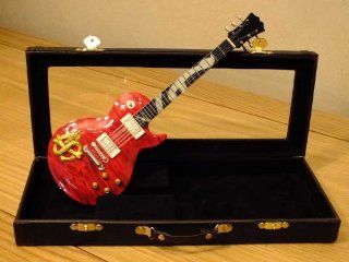 RGM718 Slash GNR Snake Pit Miniature Guitar in Leather Case   Collectible Figurines