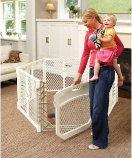 North States Ultimate Superyard Playpen   Gates & Doors