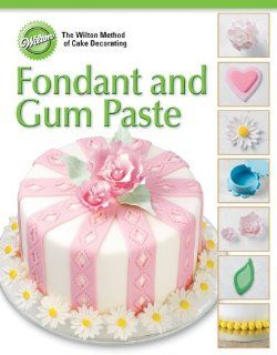 Wilton 902 1066 40 Page Soft Cover Cake Decorating Guide, Fondant and Gum Paste Kitchen & Dining