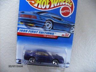HOT Wheels 99 Mustang 1999 First Edition #909 with 3sps Toys & Games