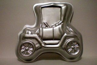 Wilton Old Antique Ford Model T Car Buggy Small Cake Pan 1975 Kitchen & Dining