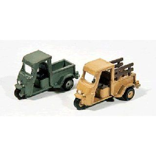 CUSHMAN TRUCKSTERS (2)   JL INNOVATIVE DESIGN HO SCALE MODEL TRAIN ACCESSORIES 924 Toys & Games
