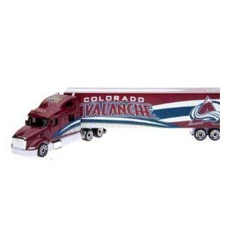 Colorado Avalanche 2008 09 Peterbilt Diecast Semi Tractor trailer Truck 1/80 Scale By Upperdeck Toys & Games
