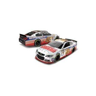 Dale Earnhardt Jr #88 National Guard 2014 Chevy SS NASCAR Diecast Car, 124 Scale HOTO Toys & Games