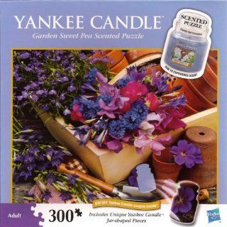 Yankee Candle 300 Piece Puzzle   Garden Sweet Pea Scented Puzzle Toys & Games