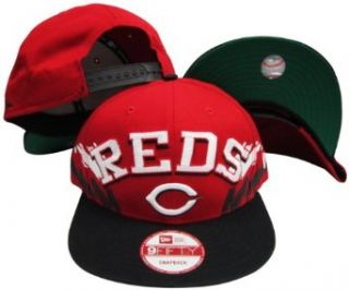 Cincinnati Reds Red/Black Two Tone Plastic Snapback Adjustable Plastic Snap Back Hat / Cap Clothing