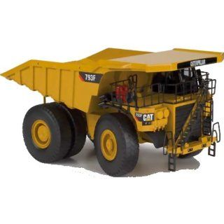Norscot Cat 793F Mining Truck (150 Scale), Cat Yellow Toys & Games